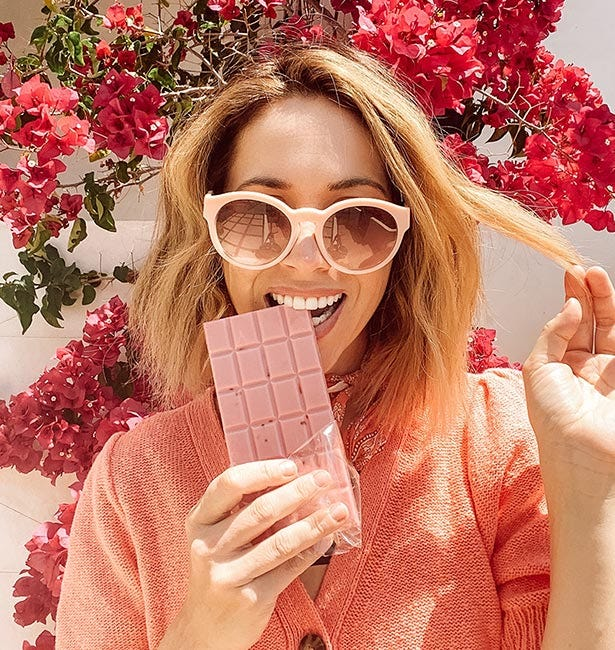 The Rosé All Day Chocolate Bar is the perfect combination of two of my favorite things - Rosé and chocolate! Plus they're perfect for those mid-day cravings, or to kick-start my happy hour!